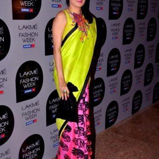 Beautiful and Lovely Co-Host Masaba Gupta's Style Saree-0