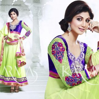Bollywood Actress Shilpa Shetty in Stunning Salwar Suit-0