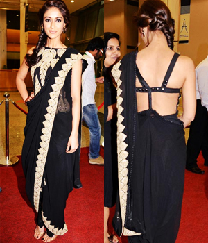 Beautiful Actress Ileana Dcruz Designer Black Saree-0