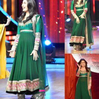 Stunning Beauty Kareena Kapoor in Ddark Green Dress-0
